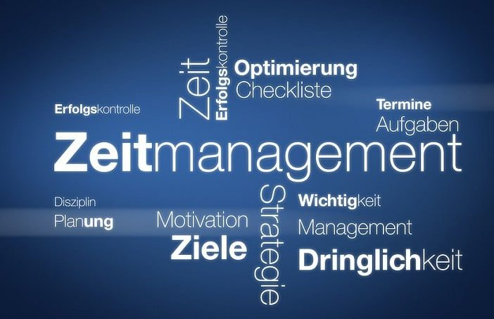 Berufliches Zeitmanagement bedeutet, den Arbeitsalltag effektiv zu organisieren.