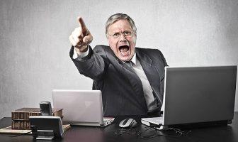Arbeitgeber wirft Bewerber raus