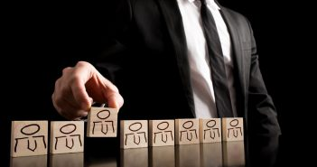 Headhunter suchen qualifizierten Fach- und Führungskräften