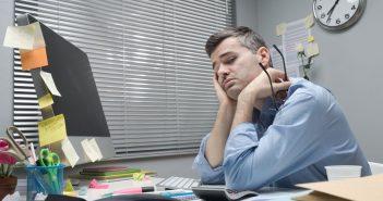 Straining ist Mobbing durch Langeweile im Job