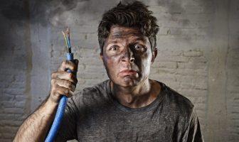 Arbeitnehmer verursacht durch grobe Fahrlässigkeit einen Schaden