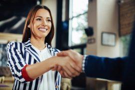 Simple, aber wirkungsvoll: So knüpfst Du neue Kontakte im Job