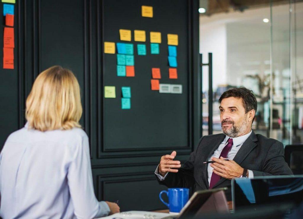 Das Gegenseitigkeitsprinzip beschreibt den Wunsch jedes Menschen, bei sozialen Interaktionen ein ausgeglichenes Verhältnis von Kosten und Nutzen zu erlangen.