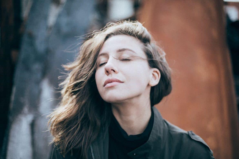 Gelassener leben, weniger Stress empfinden, sowohl beruflich als auch im Privatleben