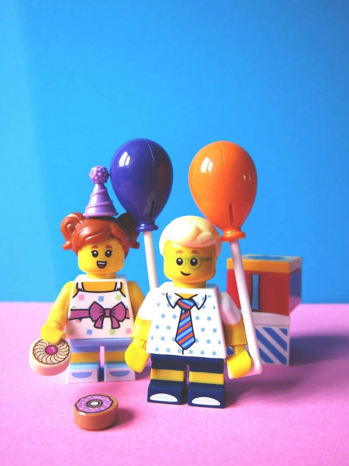 Geburtstag mit den Kollegen im Büro feiern