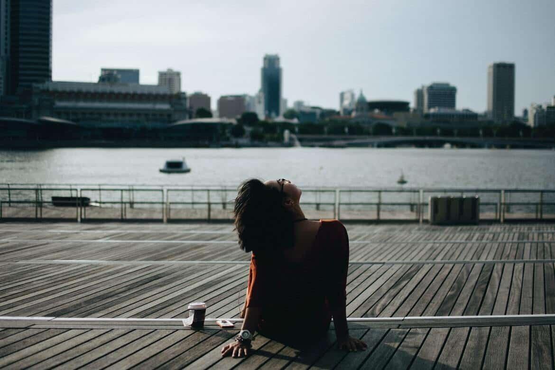 Regelmäßige Pausen sind wichtig für die Entspannung, Konzentrationsfähigkeit und Krankheitsprävention eines Menschen