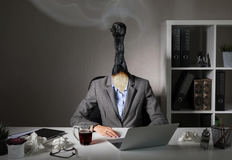 Das Burnout geht häufig mit einer Depression einher und beschreibt eine stressbedingte Überlastungsstörung