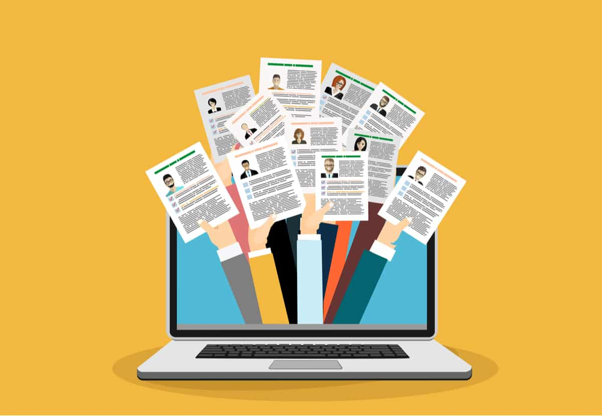 """Als E-Recruiting (""""Electronic Recruiting"""") wird die Personalrekrutierung mittels computer- und webbasierter Medien bezeichnet"""