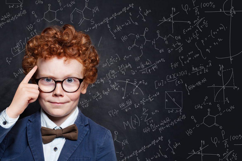 Intelligenter Junge