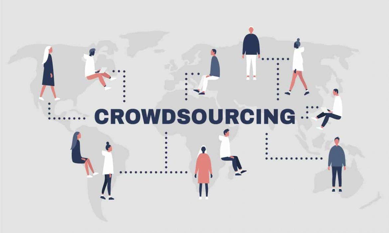 """Beim Crowdsourcing wird die Arbeit an eine ganze Gruppe von Menschen, sprich eine """"Crowd"""" ausgelagert"""