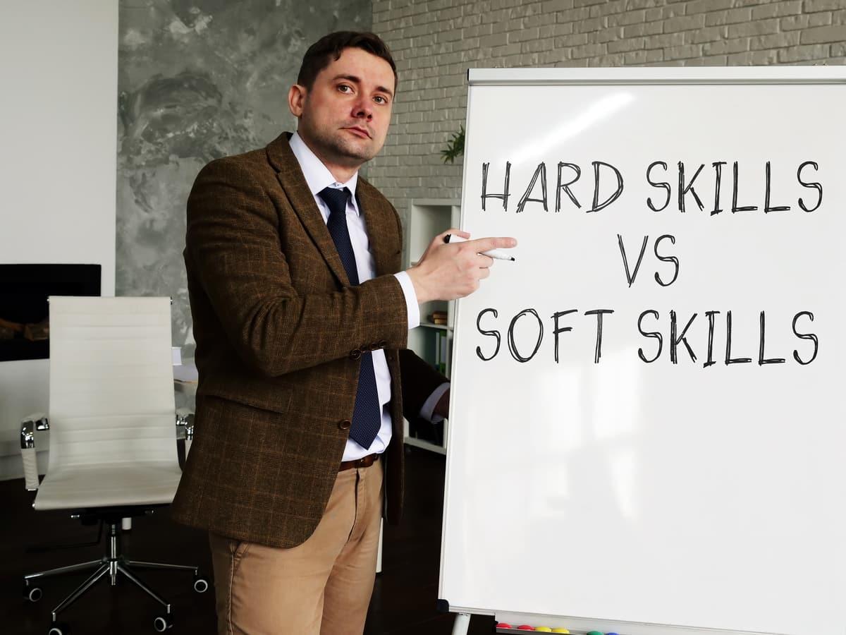 Soft Skills vs. Hard Skills – worin liegt der Unterschied?