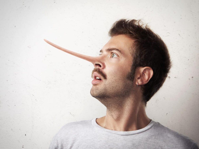 Bewerber lügen sich häufig in die eigene Tasche