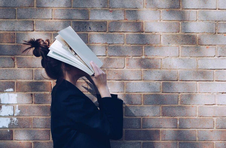 Studentin entsetzt über skurrile Studiengänge